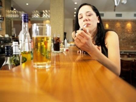 алкогольные и табачные изделия несовершеннолетние